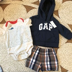 Baby boys gap outfit size 0-3months